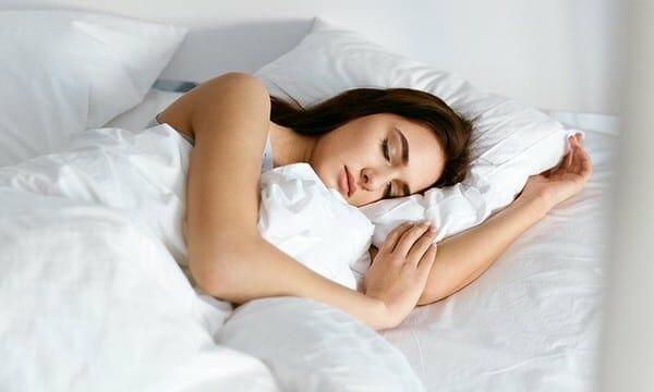 10 Consejos para reducir la pancita: 8-A dormir