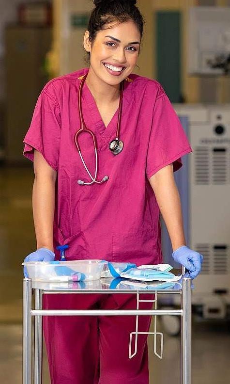 Miss Inglaterra ejercer como doctora