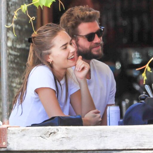 Liam Hemsworth y Gabriella Brooks