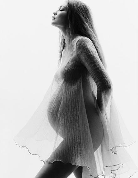 Gigi Hadid muestra su baby bump