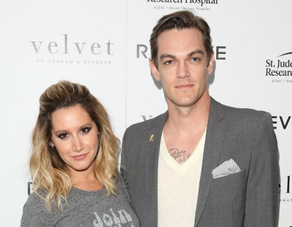 Ashley Tisdale y su esposo Christopher French esperan su primer bebé