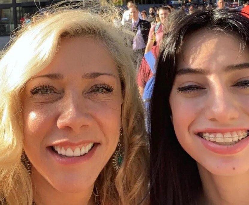 Cynthia y Elisa